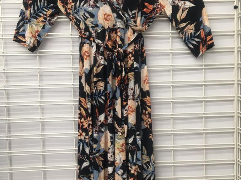 84376edbbeb Lot of 6 Womens Plus Size Maxi Dress Size Run