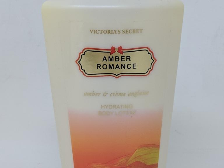 6024d7ff00 Victoria s Secret Amber Romance Hydrating Body Lotion