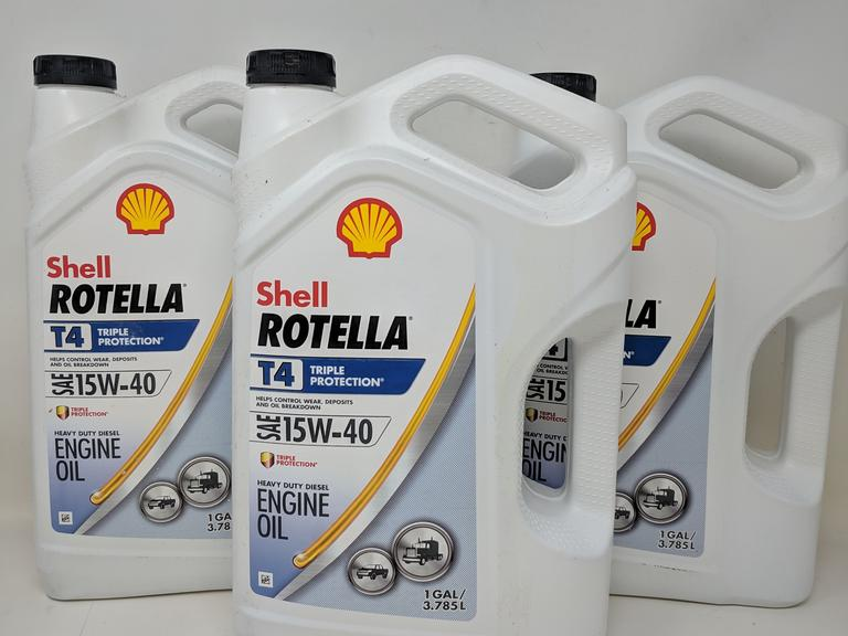 Shell Rotella T4 >> Dutch Goat Auction Lot Of 3 Gallons Of Shell Rotella T4 Triple
