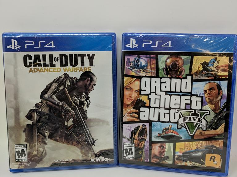 Lot of 2 PS4 Games - Call of Duty Advanced Warfare and Grand Theft Auto Five